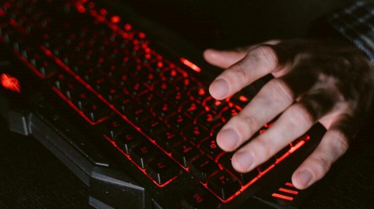 Obiceiuri digitale sănătoase! Cum să stai mai puțin timp pe rețelele sociale