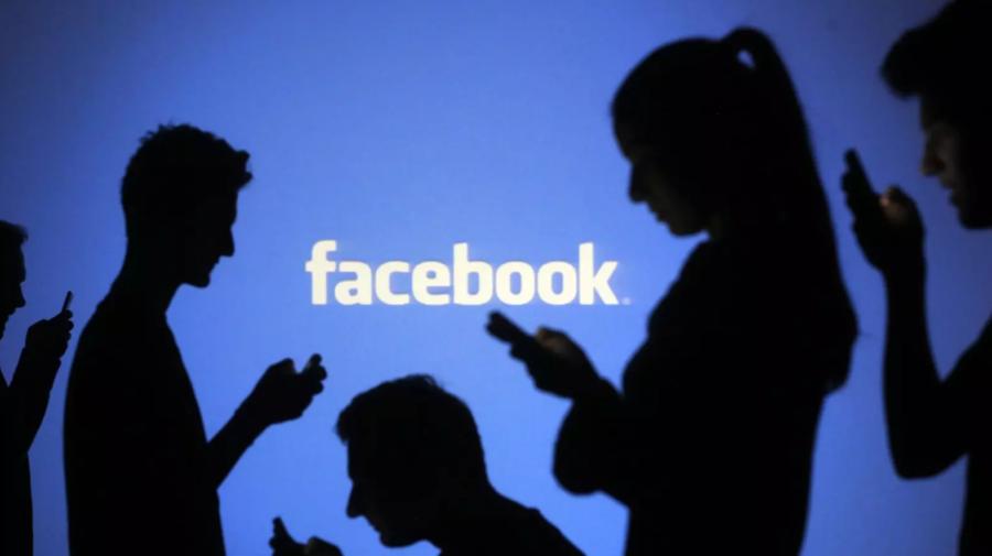 Facebook, implicat în scandal după scandal: Compania, acuzată că a minţit în legătură cu numărul de utilizatori