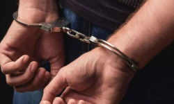 Coordonatorul unui ansamblu folcloric, arestat pentru pornografie infantilă. A avut relaţii sexuale cu două copile