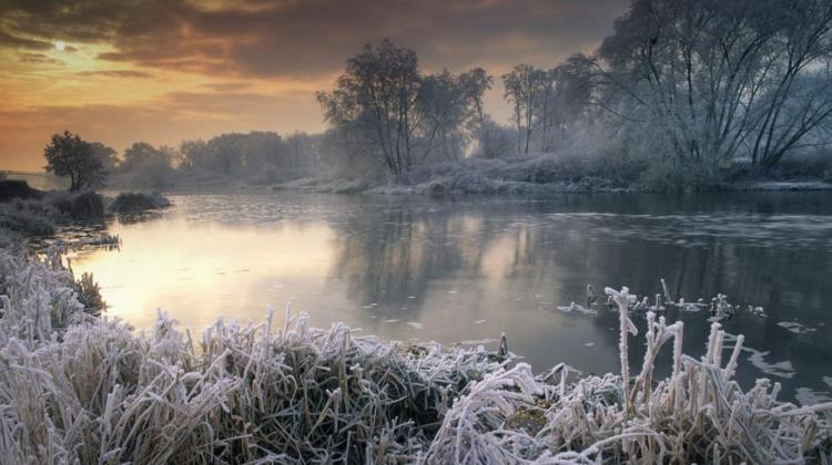 AVERTIZARE METEOROLOGICĂ! Se prevăd înghețuri la suprafața solului cu intensitatea de -1 grade Celsius