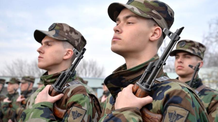 Peste 1000 de tineri vor fi încorporați în Armata Națională. Unii vor face serviciul militar cu termen redus. De ce
