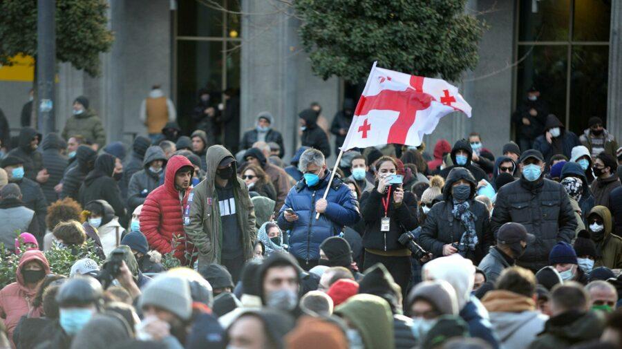 La Tbilisi, mii de oameni cer eliberarea lui Saakashvili