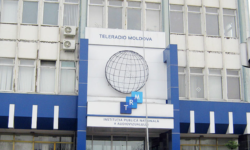 Da sau ba? Experți, despre revenirea Teleradio-Moldova sub control parlamentar