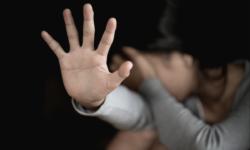 Dosarul unui tânăr de 21 de ani, trimis în judecată. Și-ar fi abuzat sexual timp de CINCI ani surorile minore